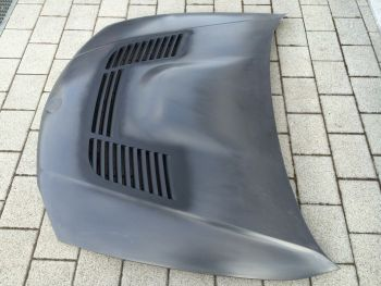 Carbon E90 and E92 M3 GTR Vented Bonnet